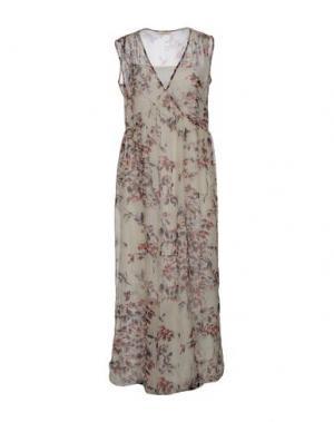 Длинное платье ZHELDA. Цвет: слоновая кость
