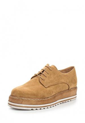 Ботинки Corina. Цвет: коричневый
