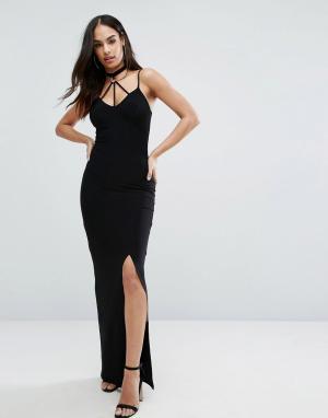 Club L Платье макси с разрезом и декоративными лямками. Цвет: черный