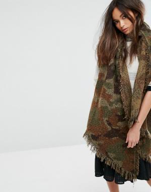Seint Шарф-накидка с камуфляжным принтом. Цвет: зеленый