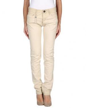 Джинсовые брюки SHIELD. Цвет: бежевый