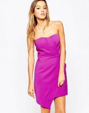 Adelyn Rae Асимметричное платье без бретелек. Цвет: розовый