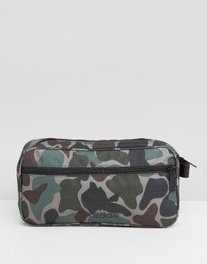 Adidas Originals Камуфляжная сумка-кошелек на пояс BQ6090. Цвет: зеленый