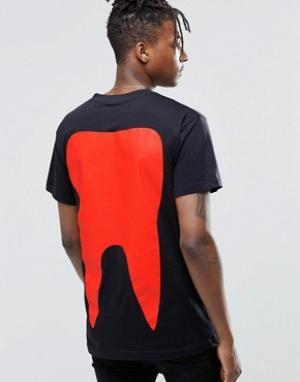 Long Clothing Футболка с зубом. Цвет: черный