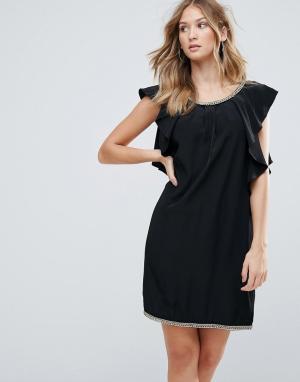 Deby Debo Коктейльное платье с оборкой. Цвет: черный