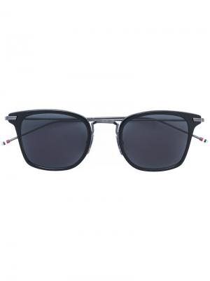 Солнцезащитные очки в квадратной оправе Thom Browne Eyewear. Цвет: чёрный
