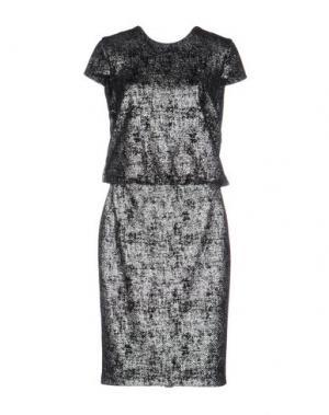 Платье до колена TALBOT RUNHOF. Цвет: серебристый