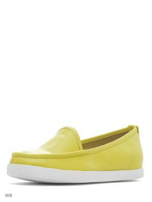 Мокасины Calipso. Цвет: желтый