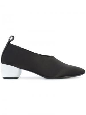 Туфли с каблуком металлик Opening Ceremony. Цвет: чёрный