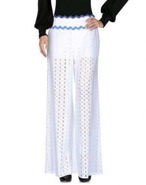 Повседневные брюки 22 MAGGIO by MARIA GRAZIA SEVERI. Цвет: белый