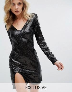 Club L Платье мини с V-образным вырезом и длинными рукавами. Цвет: черный