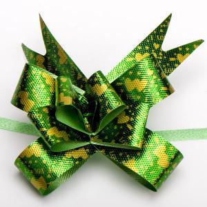 Бант подарочный УП-092 Бусики-Колечки. Цвет: зеленый