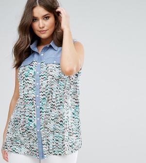 Koko Контрастная джинсовая рубашка с шевронным принтом. Цвет: мульти