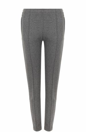 Однотонные брюки прямого кроя со стрелками Moncler. Цвет: серый