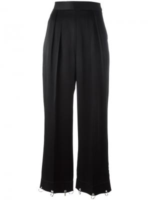 Широкие брюки с отделкой кольцами Christopher Kane. Цвет: чёрный