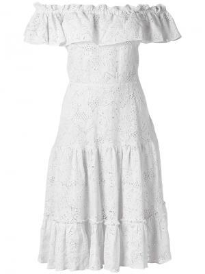 Платье с открытыми плечами Isolda. Цвет: белый