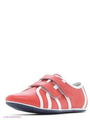 Кроссовки Vitacci. Цвет: красный
