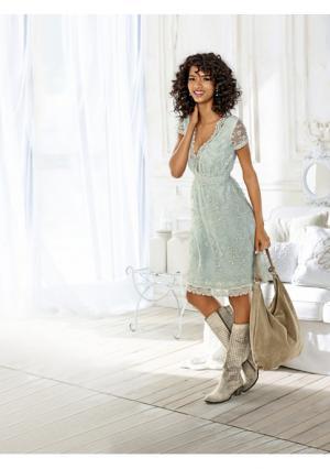 Платье Linea Tesini. Цвет: нежно-зеленый