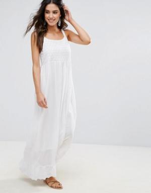 Anmol Пляжное платье макси с вышивкой. Цвет: белый