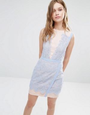 Greylin Двухцветное кружевное платье Lana. Цвет: синий