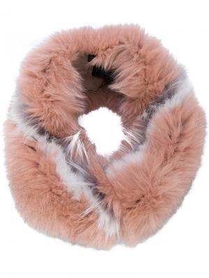Воротник из меха енота Mr & Mrs Italy. Цвет: розовый и фиолетовый