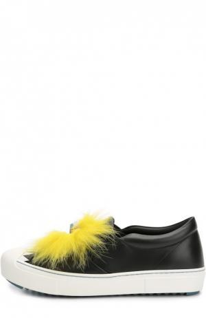Кожаные слипоны с декором и меховой отделкой Fendi. Цвет: черный