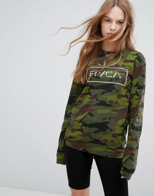 RVCA Лонгслив с логотипом и камуфляжным принтом. Цвет: зеленый