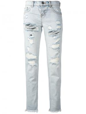 Укороченные джинсы с протертостями One Teaspoon. Цвет: синий