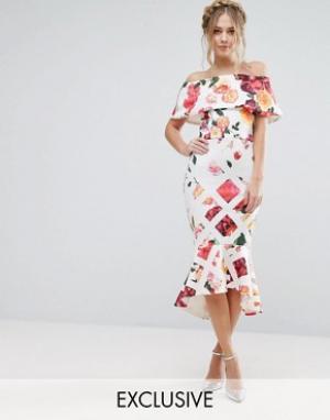 True Violet Платье миди с цветочным принтом и оборкой на подоле. Цвет: мульти