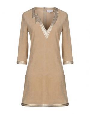 Короткое платье JITROIS. Цвет: бронзовый