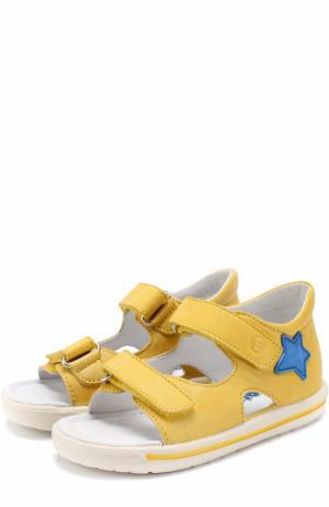 Кожаные сандалии с застежками велькро и аппликациями Falcotto. Цвет: желтый