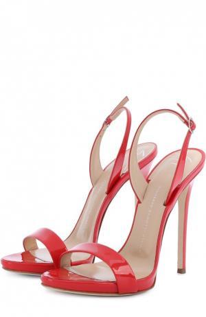 Лаковые босоножки Sophie на шпильке Giuseppe Zanotti Design. Цвет: красный