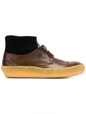 Туфли на шнуровке с носочной вставкой Zucca. Цвет: коричневый