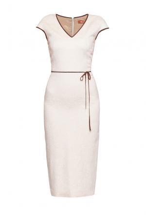 Лаконичное платье-футляр с контрастной замшевой оторочкой KR-193267 So She!. Цвет: бежевый