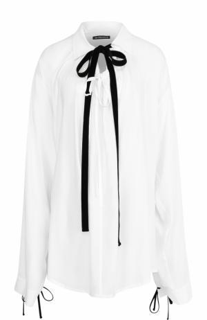 Приталенная блуза с контрастным воротником аскот Ann Demeulemeester. Цвет: светло-розовый