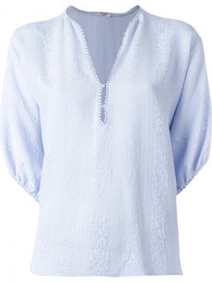 Блузка c V-образным вырезом Vilshenko. Цвет: синий