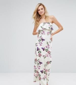 Oh My Love Tall Платье-бандо макси с рюшами и цветочным принтом. Цвет: белый