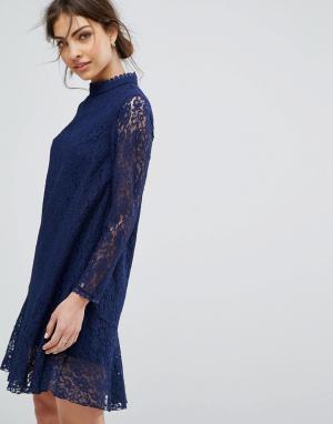 Little Mistress Свободное кружевное платье с длинными рукавами. Цвет: темно-синий