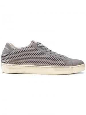 Perforated low top sneakers Leather Crown. Цвет: серый