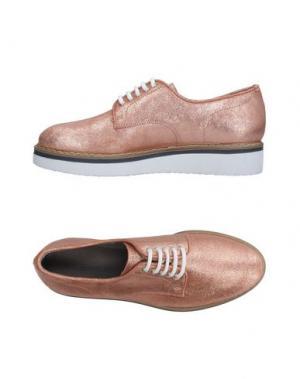 Низкие кеды и кроссовки BOEMOS. Цвет: розовый