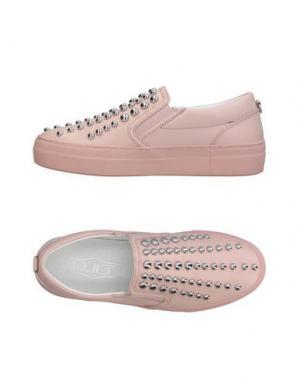 Низкие кеды и кроссовки CULT. Цвет: розовый