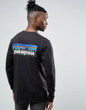 Patagonia Черный лонгслив классического кроя с логотипом P-6. Цвет: черный