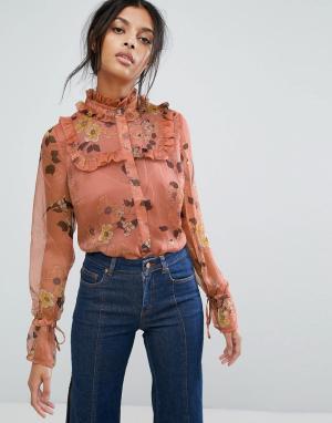 Gestuz Шифоновая рубашка с цветочным принтом и оборками. Цвет: мульти