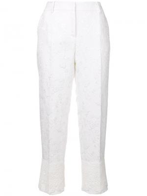 Однотонные парчовые капри Dolce & Gabbana. Цвет: белый