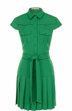 Платье-рубашка с плиссированной юбкой и поясом Alice + Olivia. Цвет: зеленый
