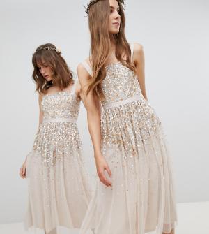 Amelia Rose Tall Платье миди с пайетками. Цвет: коричневый
