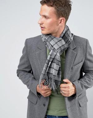Glen Lossie Серый шарф из овечьей шерсти с принтом тартан. Цвет: серый