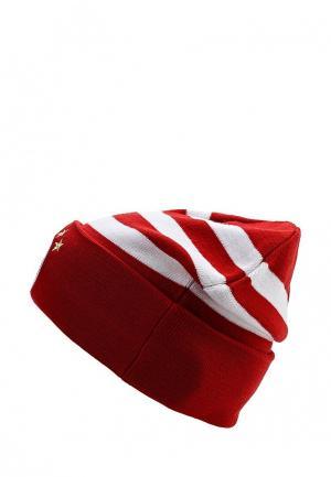 Шапка adidas. Цвет: красный