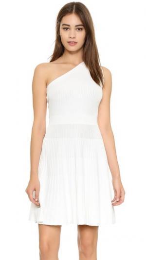 Платье с открытым плечом Milly. Цвет: белый