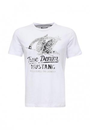 Футболка Mustang. Цвет: белый